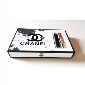 Rouge Allure Chanel Box
